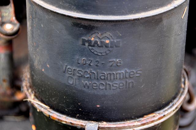 Oldtimershow Hoornsterzwaag – Verschlammtes Öl wechseln