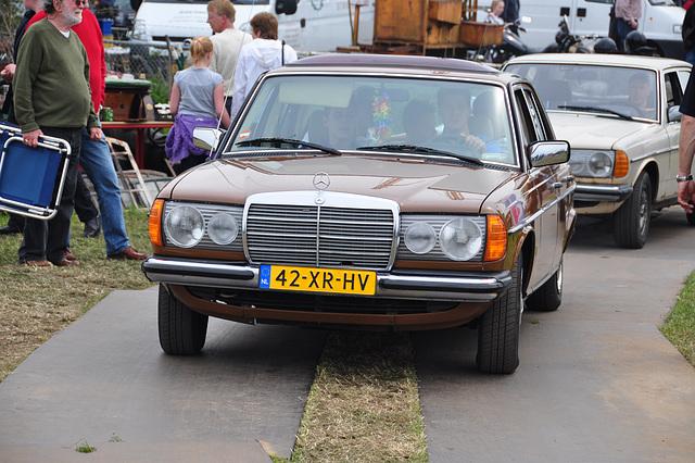 Oldtimershow Hoornsterzwaag – 1981 Mercedes-Benz 240 D