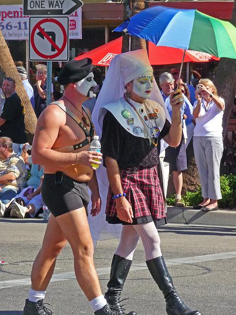 Palm Springs Gay Pride - Sisters of Perpetual Indulgence (1707)