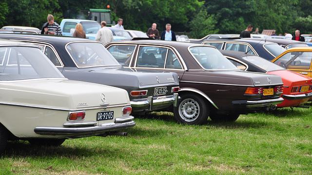 Oldtimershow Hoornsterzwaag – 1970 Mercedes-Benz 280 S - 1965 Opel 17 NR 4L - 1983 Mercedes-Benz 300 D