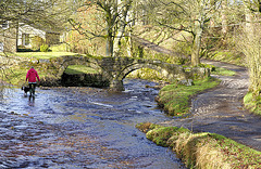 Wycoller: Packhorse bridge.
