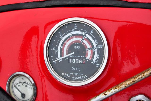 Oldtimershow Hoornsterzwaag – Tractormeter