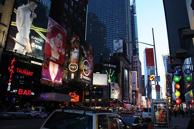 NYC02112008BklnBrMarathonTSquare 267