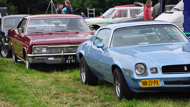 Oldtimershow Hoornsterzwaag – 1966 Chevrolet Impala SS - 1980 Chevrolet Camaro Berlinetta