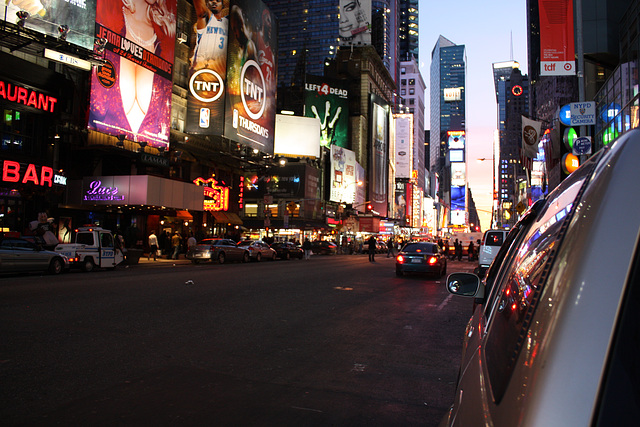 NYC02112008BklnBrMarathonTSquare 273