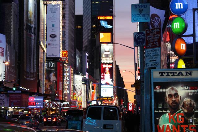 NYC02112008BklnBrMarathonTSquare 274