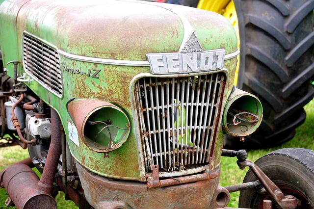 Oldtimershow Hoornsterzwaag – Fendt Dieselross tractor