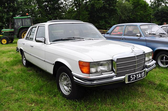 Oldtimershow Hoornsterzwaag – 1977 Mercedes-Benz 280 SE