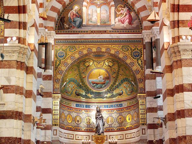 décors interieur de notre Dame de la garde