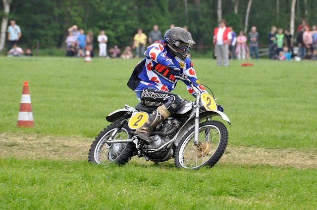 Oldtimershow Hoornsterzwaag – Motorcycle racing