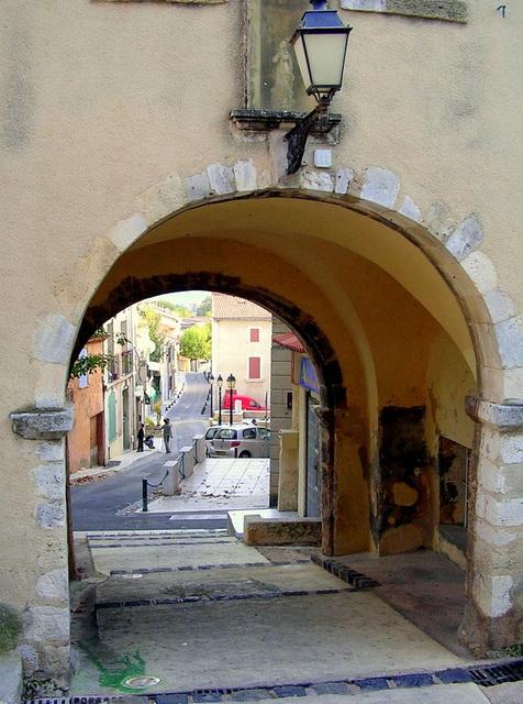 Porte: vieux village