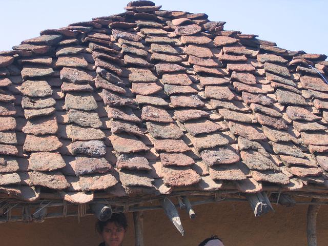 Visage sous le toit