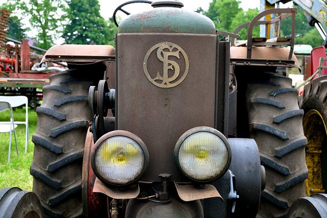 Oldtimershow Hoornsterzwaag – Tractor Société Française de Vierzon