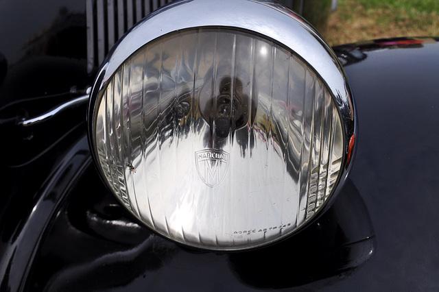 Oldtimershow Hoornsterzwaag – Citroën Traction Avant headlight