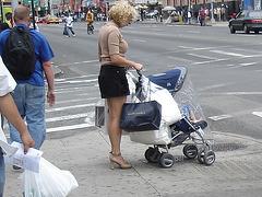 Shopping in high heels / Emplettes en talons hauts