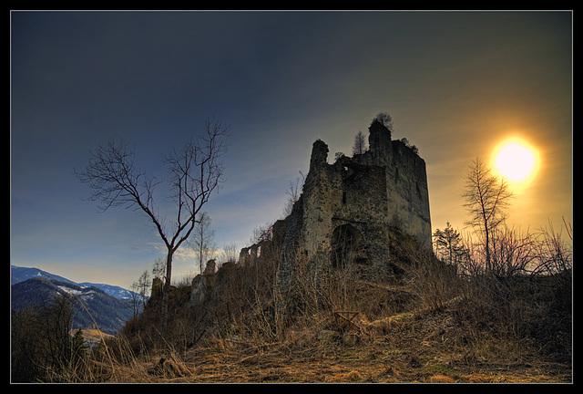 Castle Ruin Kaisersberg - 9