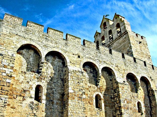 Saintes eglise