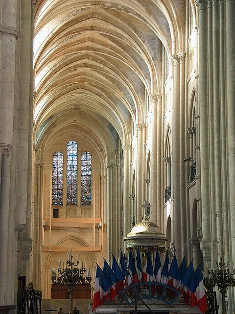 117 1738ac Noyon Cathedral Notre Dame Main Nave