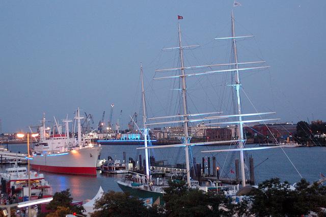 Blue Hamburg0009