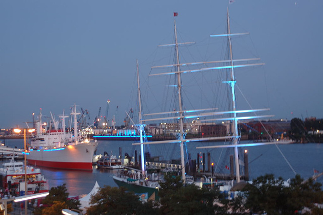 Blue Hamburg0010