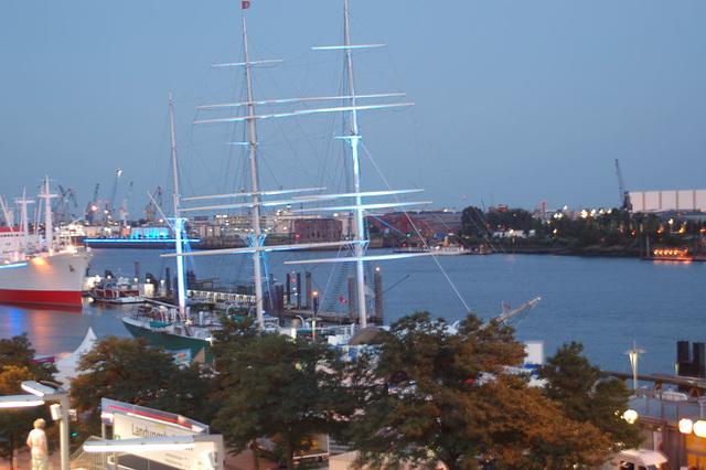 Blue Hamburg0013