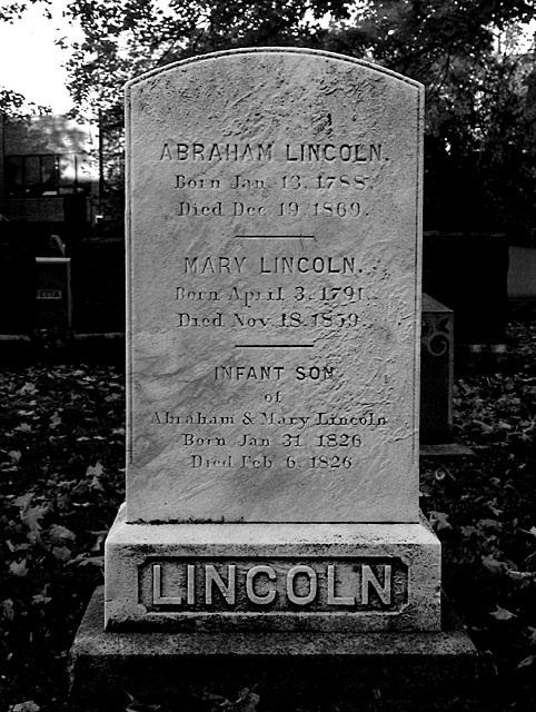 Lincoln Grave