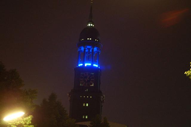Blue Hamburg0131