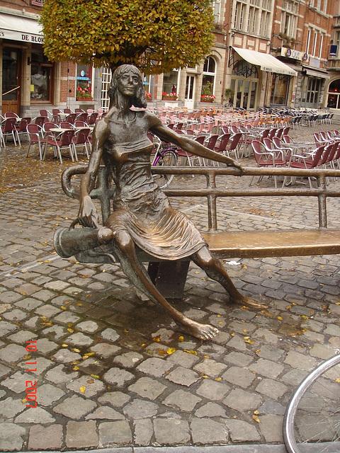 Le Pied Érotique Belge en vedette !  Erotic Feet in Belgium !  Louvain, Belgique.