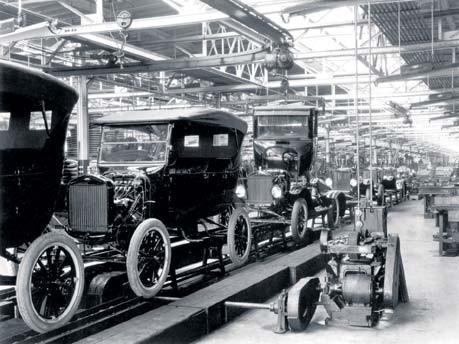 Ford modelo T: la unua aŭtomobilo produktita sur rulbendo