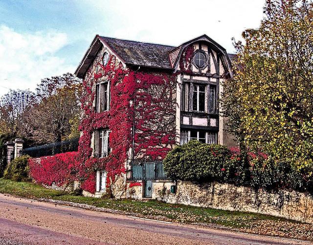 maison rouge 2