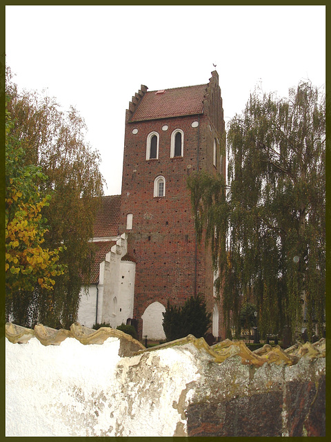 Église et cimetière / Church and cemetery - Båstad  - Suède /  Sweden. 21 octobre 2008.