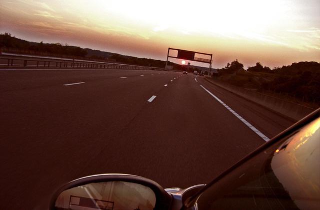coucher d'autoroute