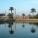 Obélisques dans le fond, Karnak, Egypte