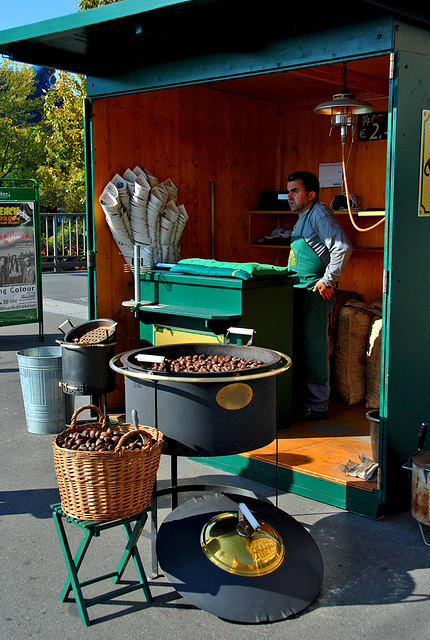 2 hours in Graz - 040 - Sweet Chestnuts