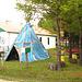 Solitude Ste-Françoise -  Québec. CANADA - 20 août 2006 - La tente Indienne - Totem et boîte à courrier.