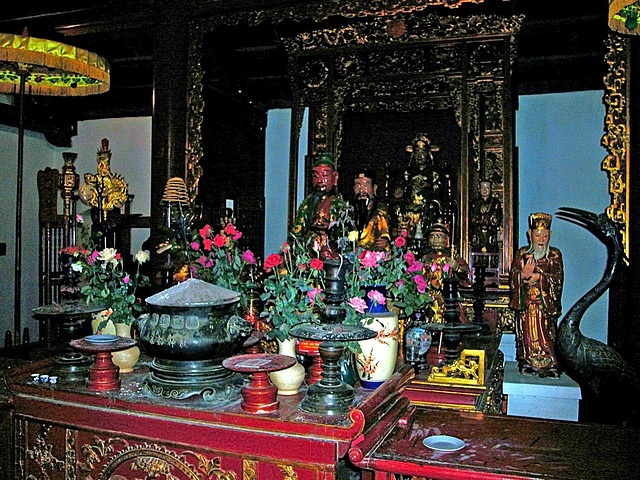 Inside the Jade Mountain Temple