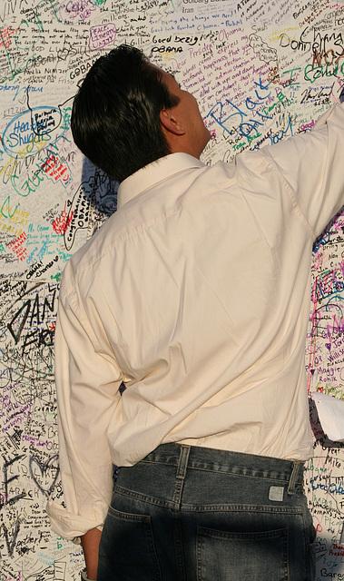 35.ObamaMessageBoard.LincolnMemorial.WDC.7nov08