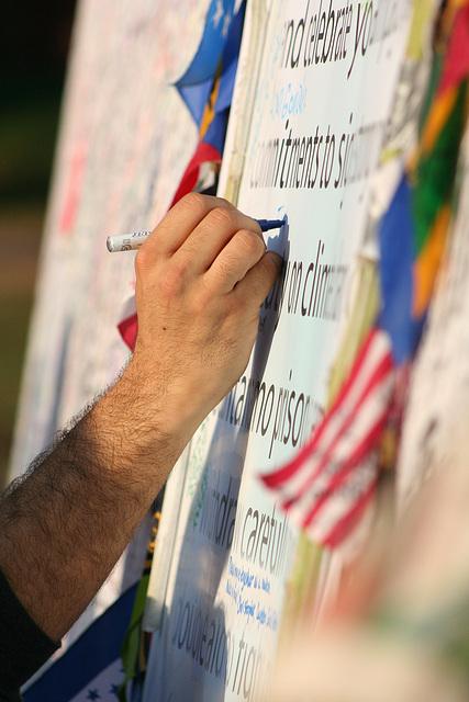 43.ObamaMessageBoard.LincolnMemorial.WDC.7nov08