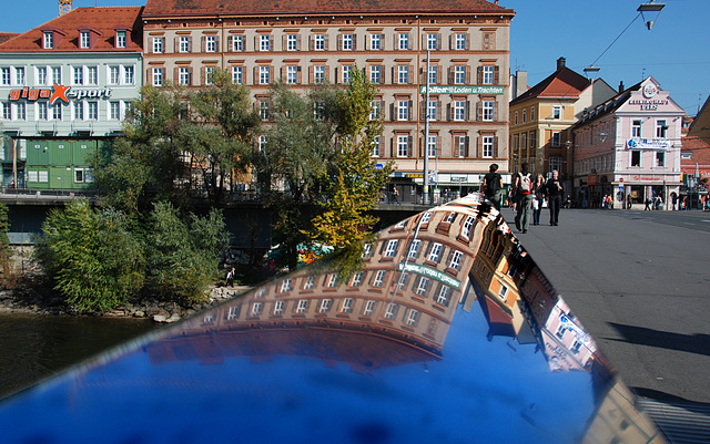 2 hours in Graz - 043 - Mur bridge reflection