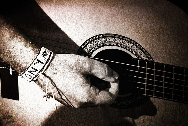 It's not music / No es la musica