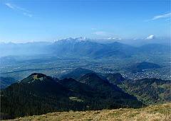 Blick ins Rheintal und auf den Hohen Kasten und Säntis