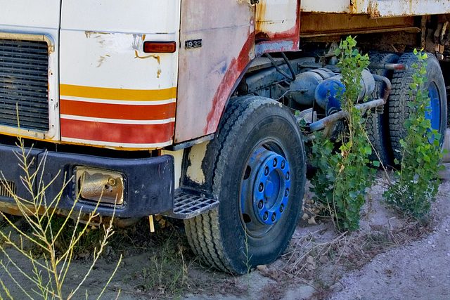 Colors of a truck.......