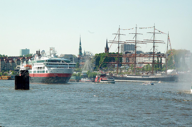 Schlepperballett in Hamburg 2008