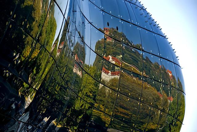 2 hous in Graz - 051 - Center of Art