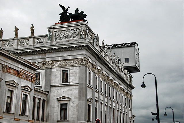 Today in Vienna - 05 - The House on the Roof