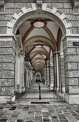 Today in Vienna - 06 - Arcades