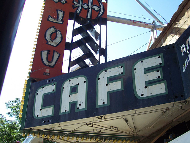 CAFE stripped of neon