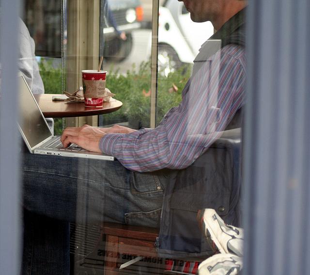 01a.Starbucks.DCN.WDC.9nov08
