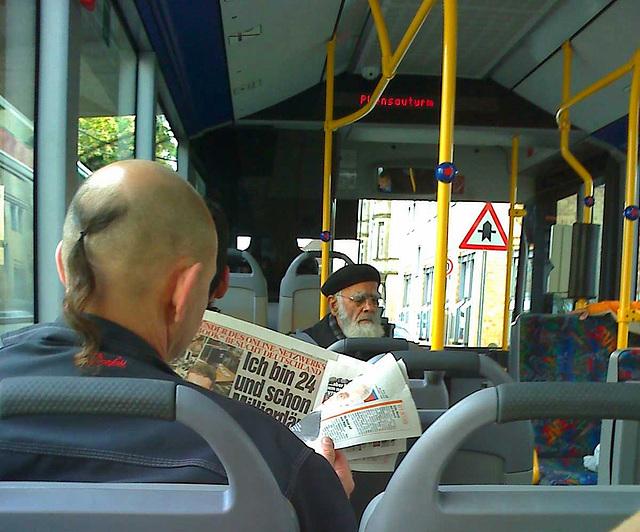 """Heute im Bus : """"Ich bin 24 und schon Milliardär...."""""""