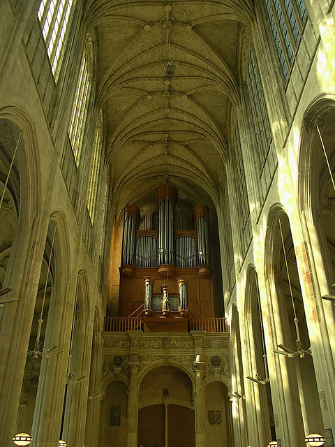 PICT3141ac Gisors Church Recent Grand Organ